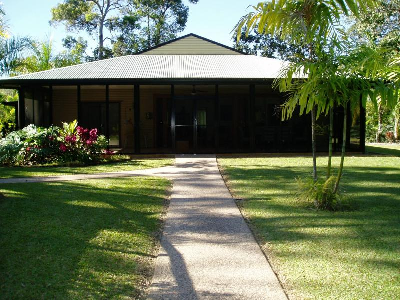 171 Stony Creek, Cardwell, Qld 4849