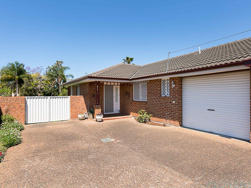 2/1 Japonica Close, Lake Haven, NSW 2263