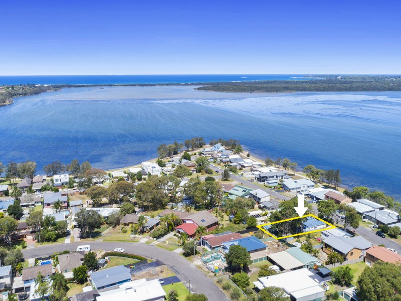 17 Buff Point Avenue, Buff Point, NSW 2262