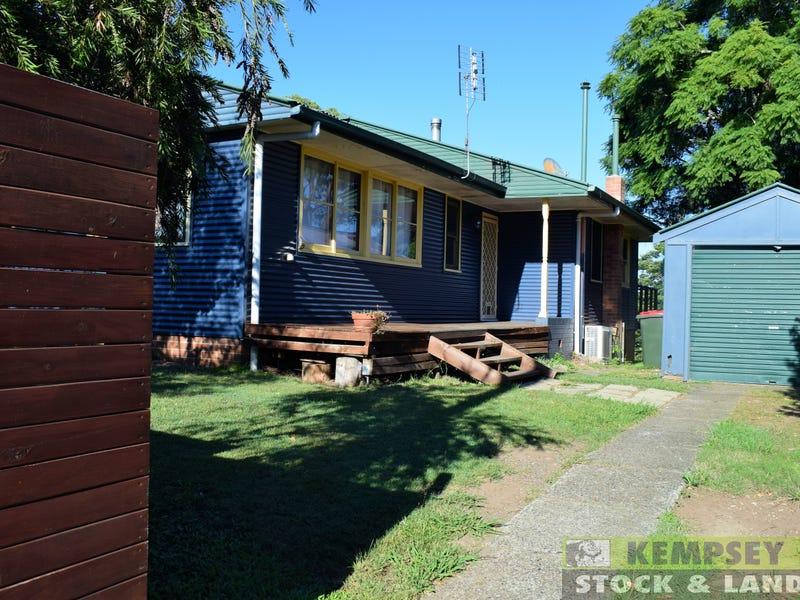 124 River St, Kempsey, NSW 2440