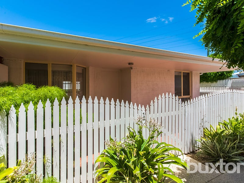 12/180 Cox Road, Lovely Banks, Vic 3213