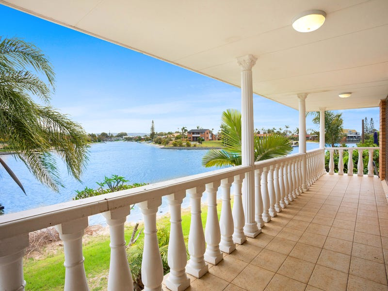 74 Sovereign Drive, Mermaid Waters, Qld 4218