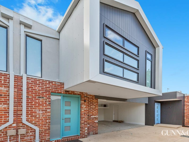 2 /21 New Street, South Kingsville, Vic 3015