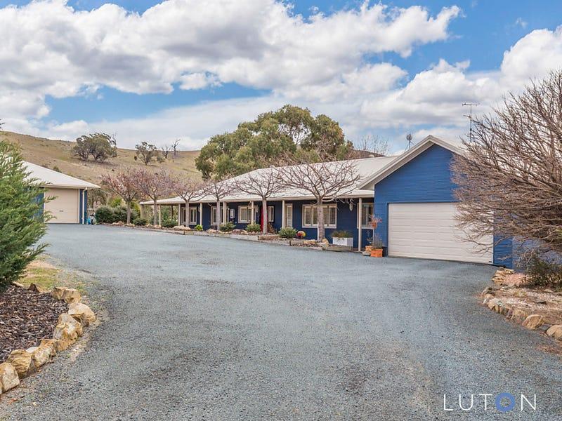 28  Saddle Place, Royalla, NSW 2620