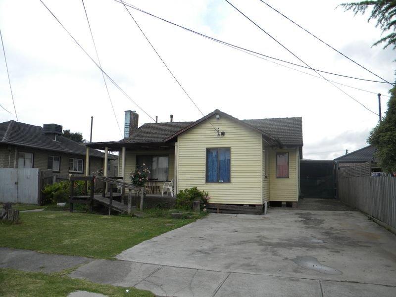 21 Hughes Crescent, Dandenong North, Vic 3175