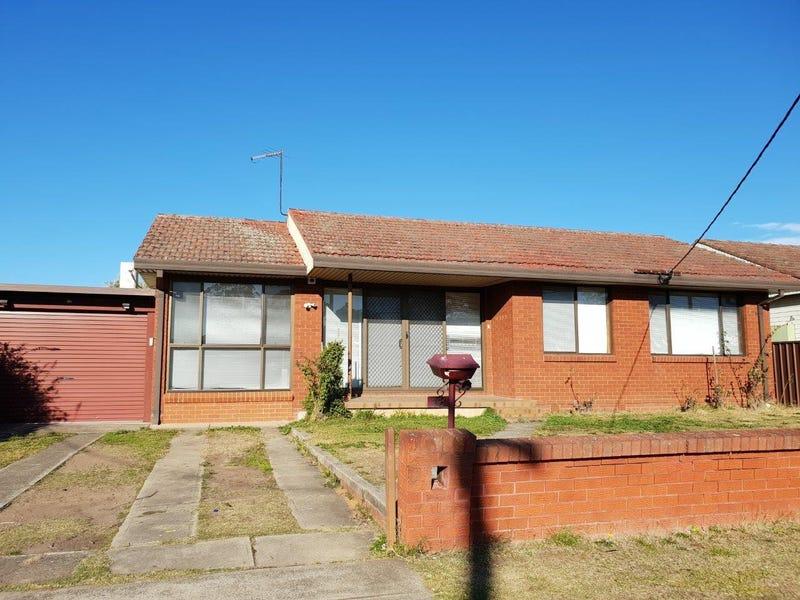 18 Lions Avenue, Lurnea, NSW 2170