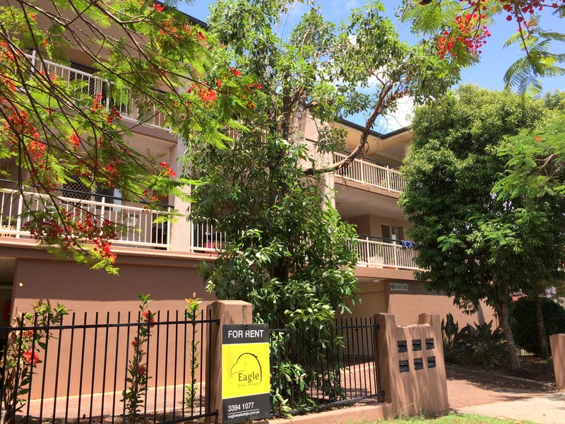 4/35 Rolle Street, Holland Park West, Qld 4121