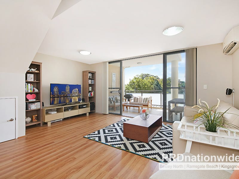 302/2A Sarsfield Cct, Bexley North, NSW 2207