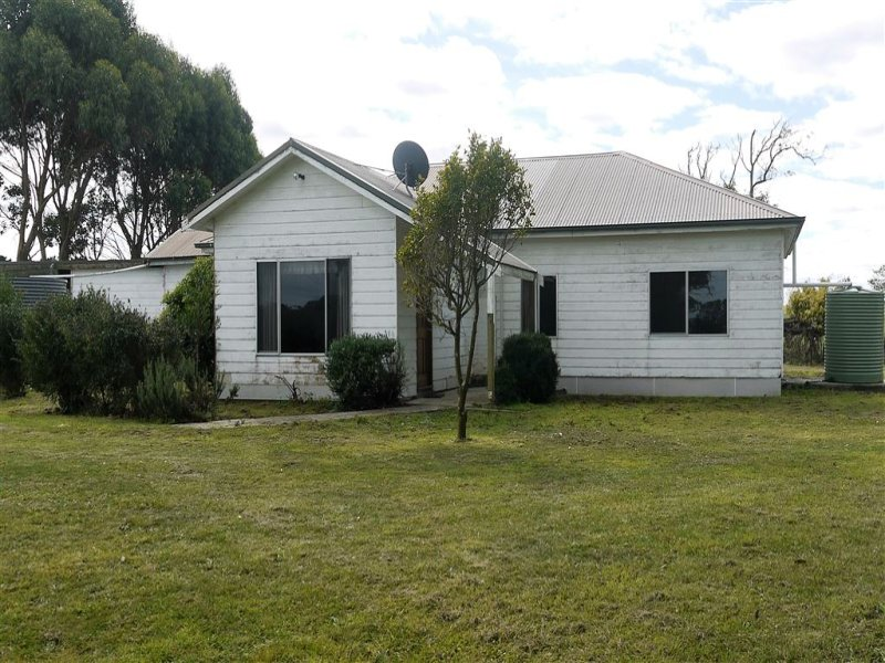 2011 Grassy Road, Lymwood, Tas 7256