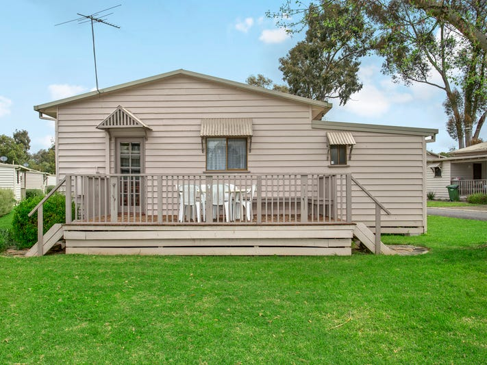 9 Spotted Gum Drive, Albury, NSW 2640