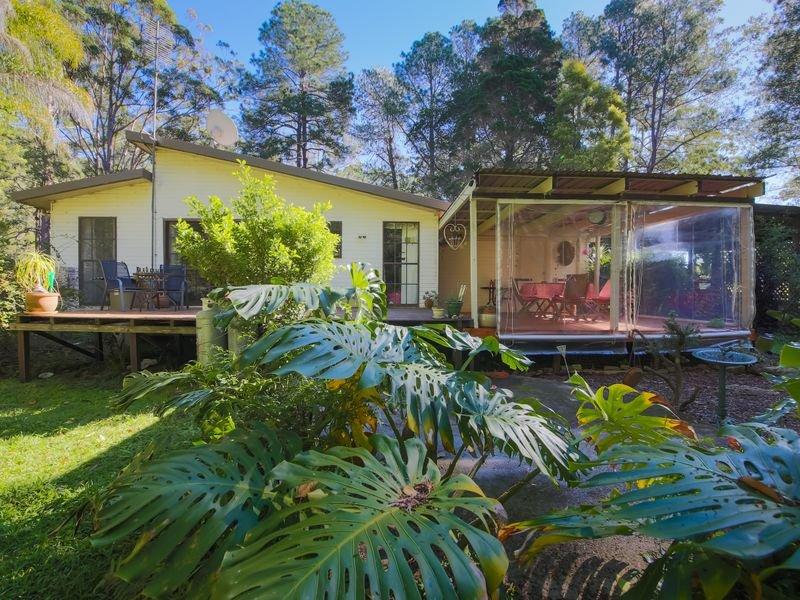 2 McClellands Road, Lower Bucca, NSW 2450
