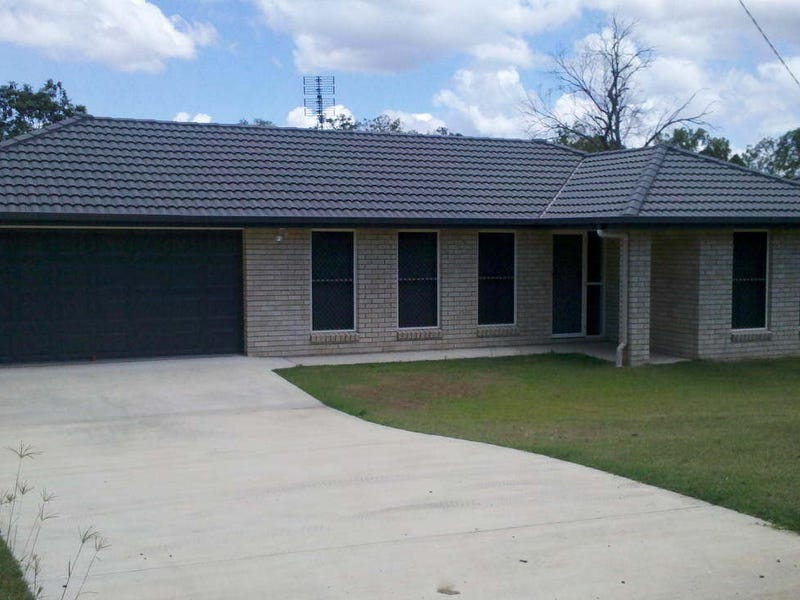 37 Middle Street, Esk, Qld 4312