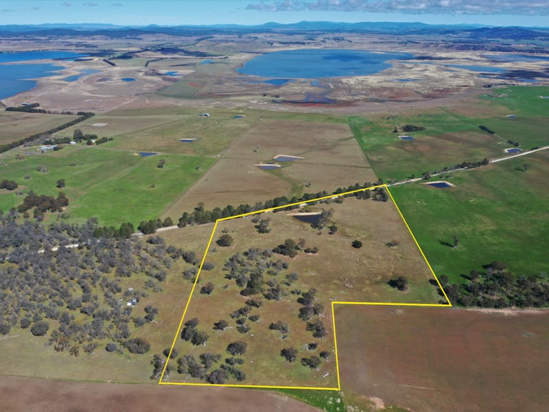 589 Glenoval Road (Lake Bathurst), Goulburn, NSW 2580