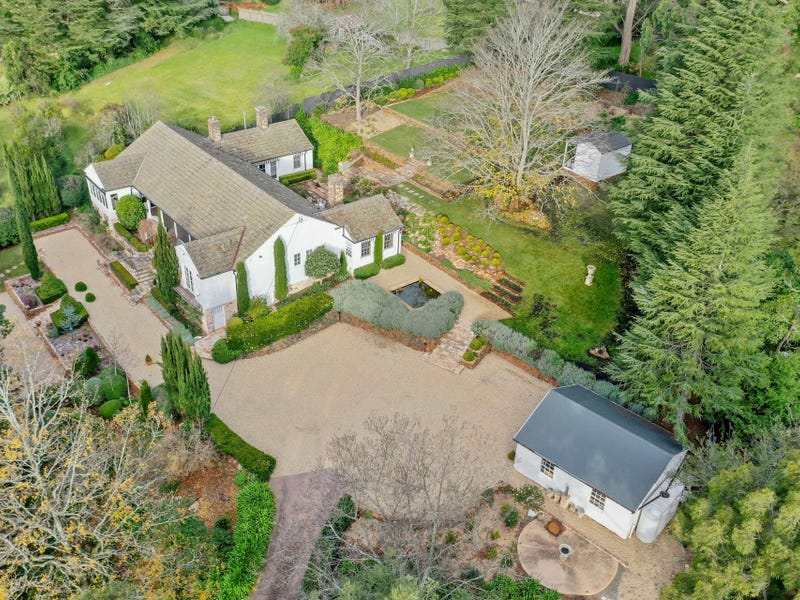 204 Oxley Drive, Mittagong, NSW 2575