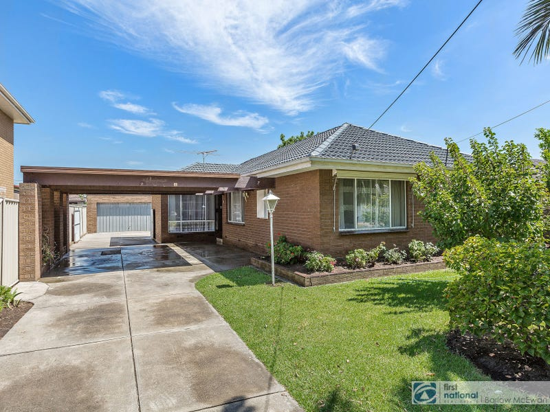 7 Waters Drive, Seaholme, Vic 3018