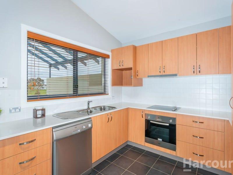 2/111 Katoomba Street, Harrison, ACT 2914