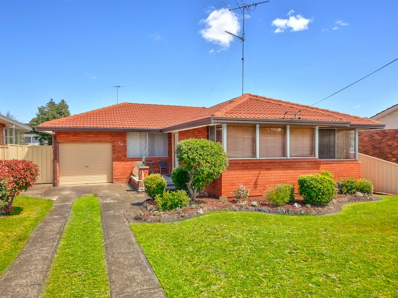 16 King Road, Camden South, NSW 2570