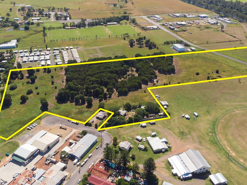 12 Station Street and Lindemanns Road, Lowood