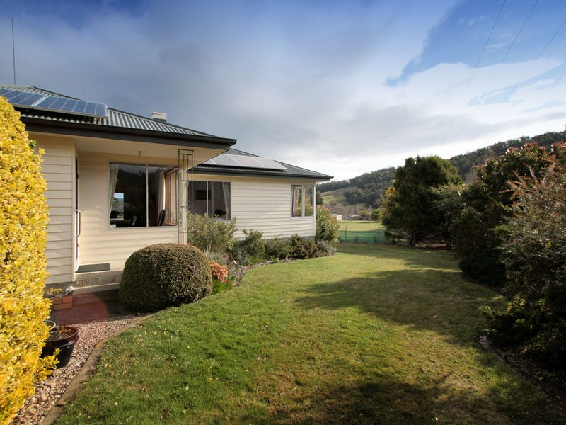 1075 Woodbridge Hill Road, Gardners Bay, Tas 7112