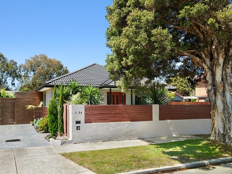 1/34 Brunei Crescent, Heidelberg West, Vic 3081