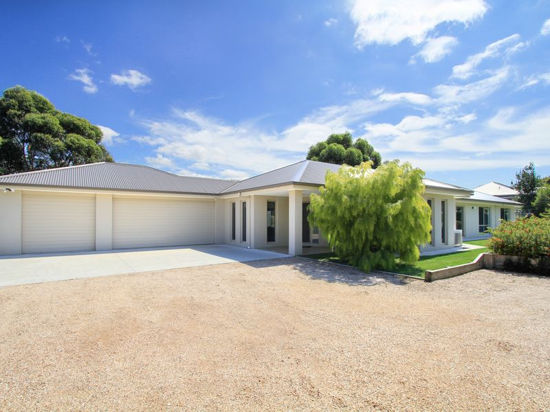 21 The Terrace, Metung, Vic 3904