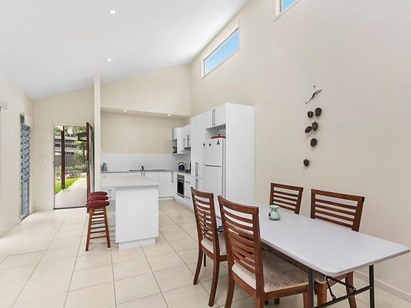 1/17 Boondoon Crescent, Ocean Shores, NSW 2483