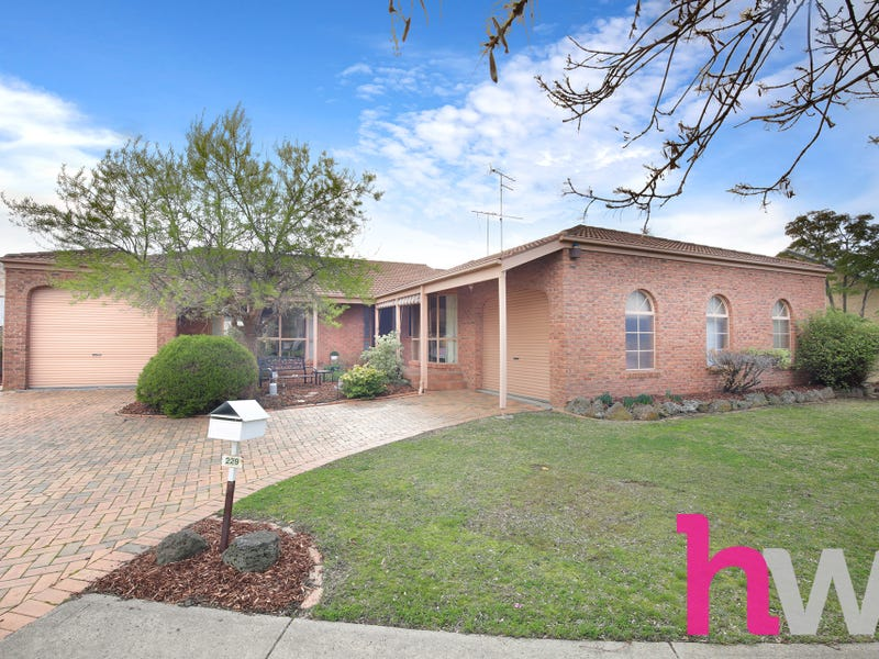 229 Grove Road, Grovedale, Vic 3216