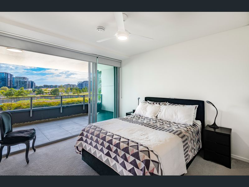 322/30 Festival Place, Newstead, Qld 4006