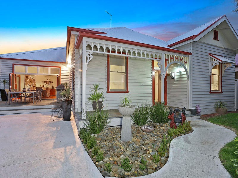 4 Coots Court, Rippleside, Vic 3215