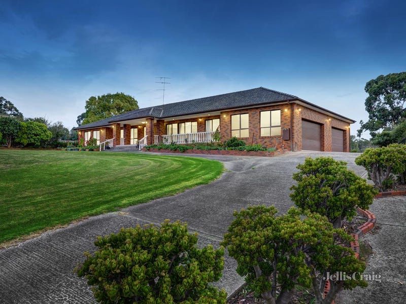 37 Rainbow Valley Road, Park Orchards, Vic 3114