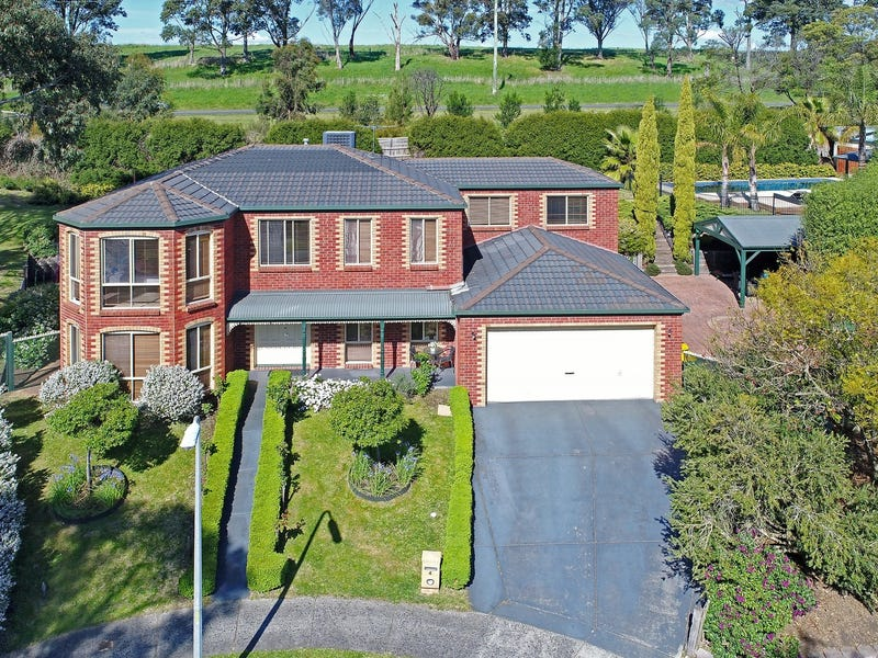 4 French Close, Mooroolbark, Vic 3138