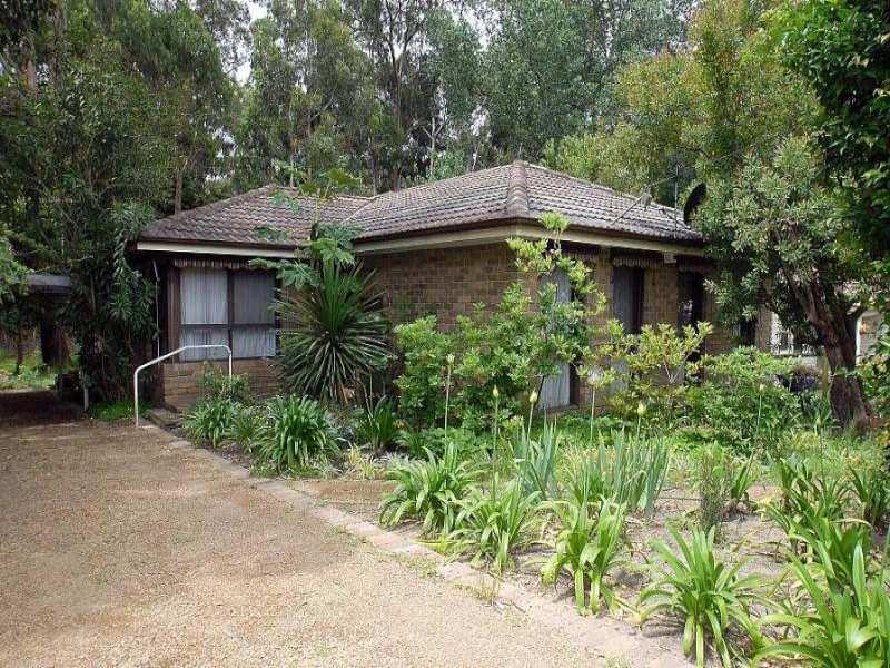 1 Kumbada Avenue, Upwey, Vic 3158