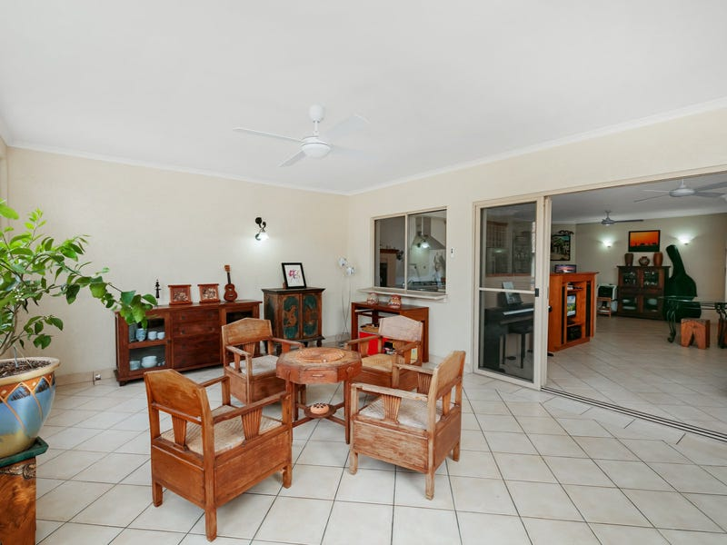 913/2 Greenslopes Street, Cairns North, Qld 4870