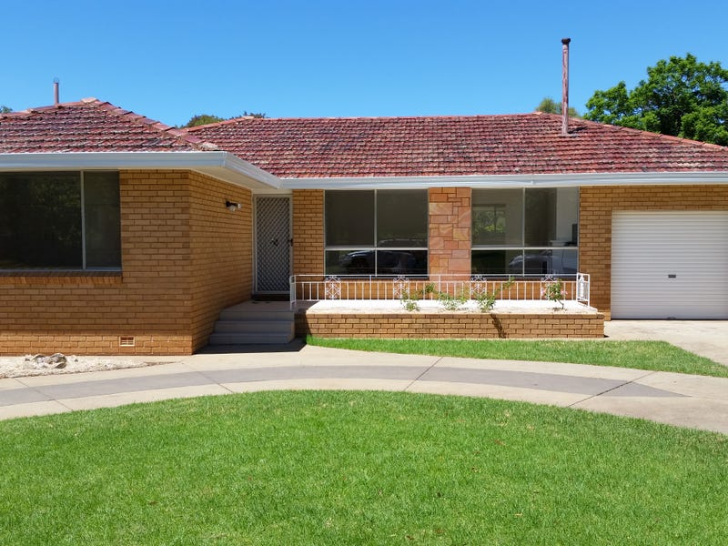 11 Grey Street, Griffith, NSW 2680