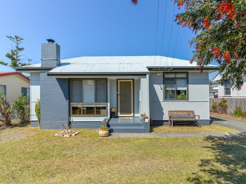 25 Graham Street, Unanderra, NSW 2526