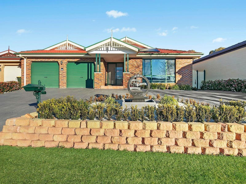 12 Candlebark Close, Nicholls, ACT 2913