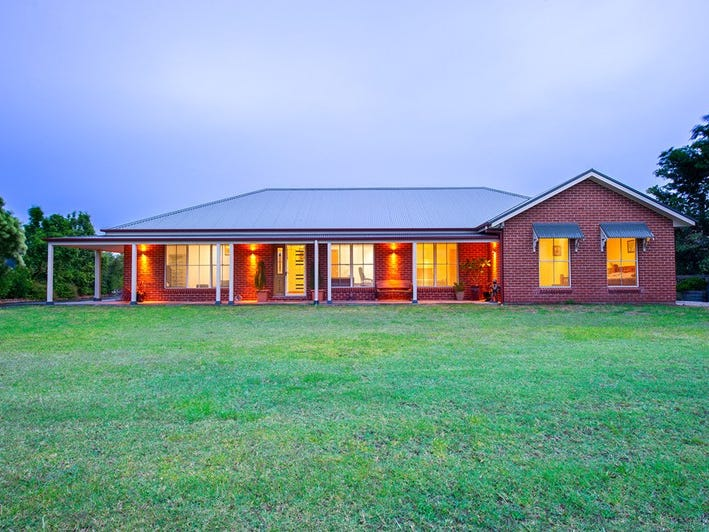 2 Derby Close, Scone, NSW 2337