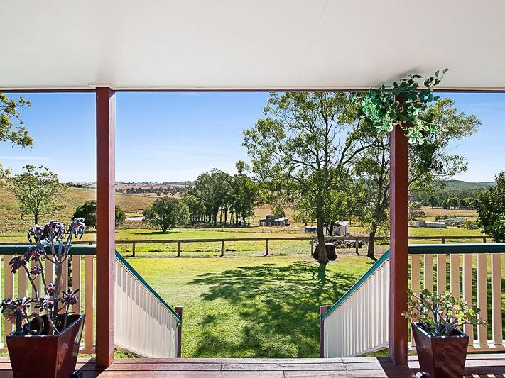 52 Woodlea Court, Crows Nest