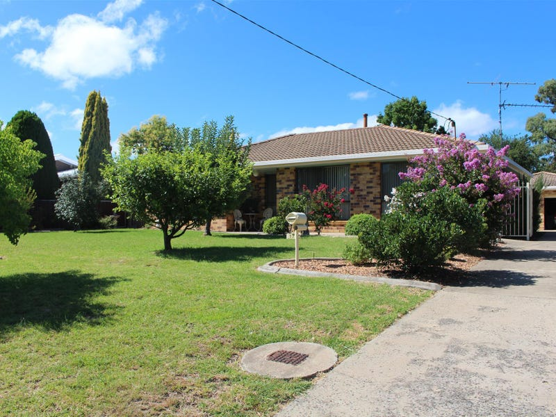 17 Zircon Street, Inverell, NSW 2360