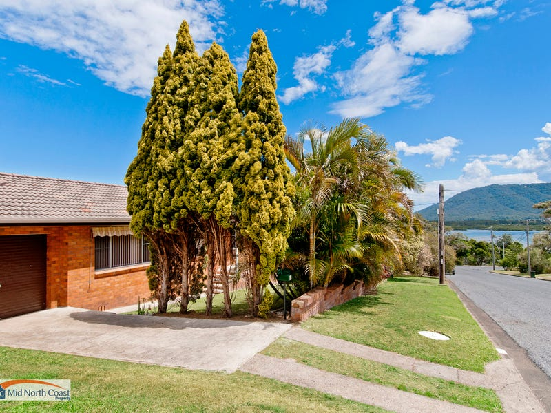 8 Bergalia Crescent, Dunbogan, NSW 2443