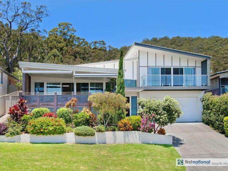 33 Admirals Circle, Laurieton, NSW 2443