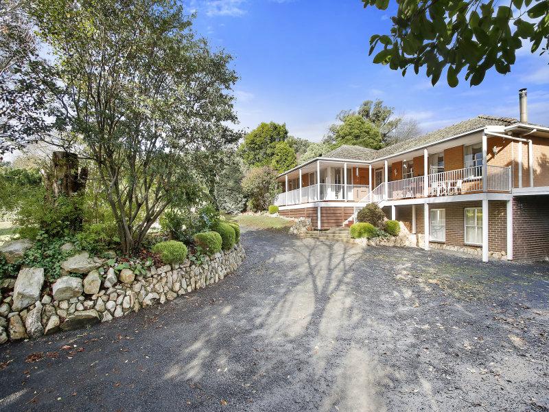 694 Lusatia Park Road, Hoddles Creek, Vic 3139