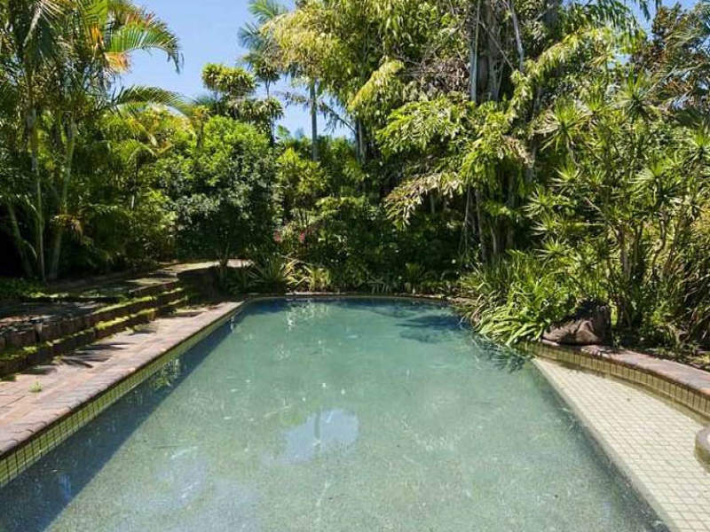 85 Oxley Drive, Paradise Point, Qld 4216