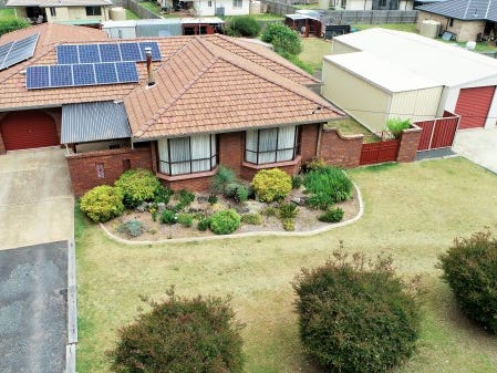 36 Manse Street, Guyra, NSW 2365