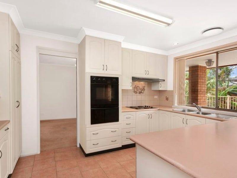 61 Ian Street, Eleebana, NSW 2282
