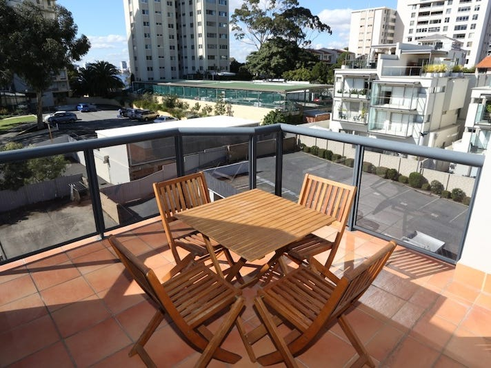31/134 Mill Point Road, South Perth