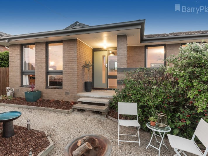 30 Cedar Grove, Highton, Vic 3216
