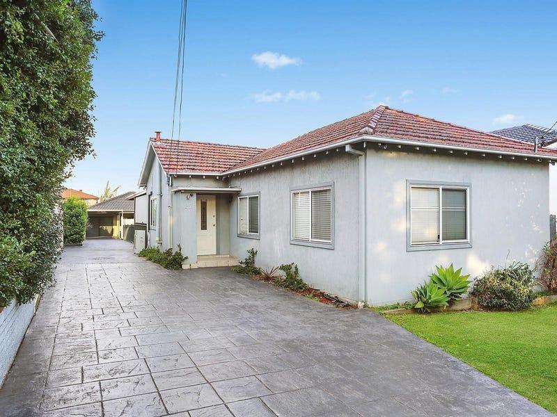 25 Lascelles Avenue, Greenacre, NSW 2190