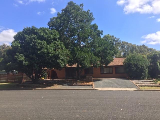 2 Rundle street, Coonabarabran, NSW 2357