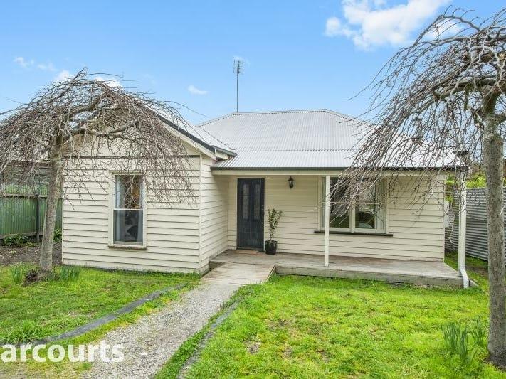 24 Glazebrook Street, Ballarat East, Vic 3350